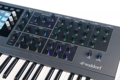 Waldorf QUANTUM - Syntezator