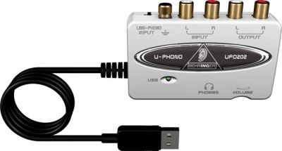 Behringer UFO202 - interfejs audio USB