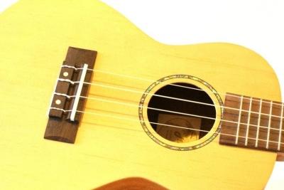 Mellow UKC-AMH - ukulele elektroakustyczne