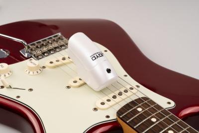 Joyo JGE-01 - elektroniczny smyczek do gitary